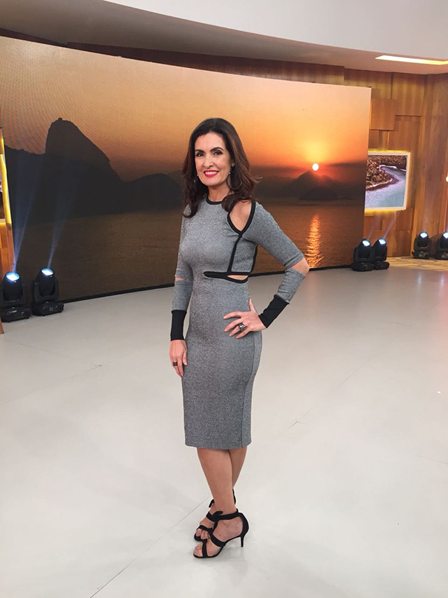 Descubra o vestido cinza da Fátima Bernardes no programa Encontro