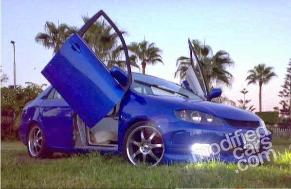 Gambar Modifikasi mobil sedan sport Toyota Corolla