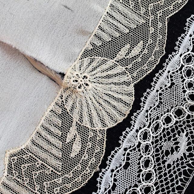mixed media collage by Kaija Rantakari / paperiaarre.com