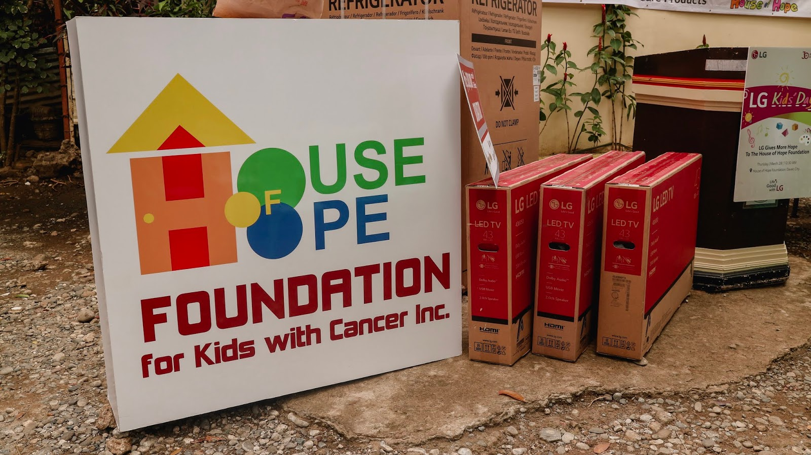 LG Electronics gives back to children at The House of Hope Foundation