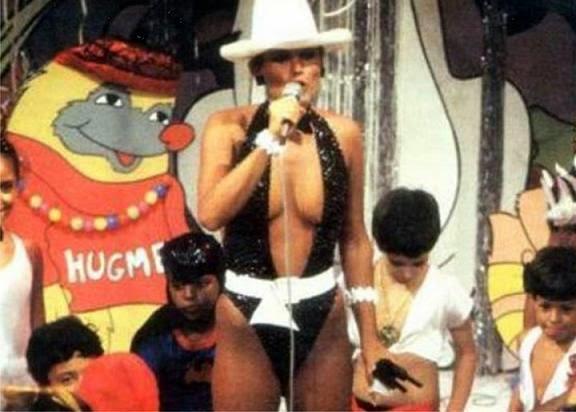 """Datena chamou Xuxa de imatura e """"imbecil"""" por comentários sobre declaração dada por Joel Datena no programa Brasil Urgente."""