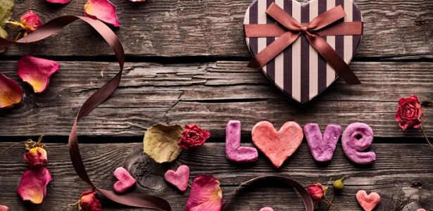 Ketika Cinta Tidak Direstui Orang Tua, Bang Syaiha, Kisah Inspiratif, One Day One Post, Menulis Setiap Hari, Blogger Aktif, Penderita Polio, Trainer, Guru Blogger, bangsyaiha.com