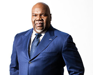 News: American mega pastor, TD Jakes, traces Igbo roots, visits Nigeria