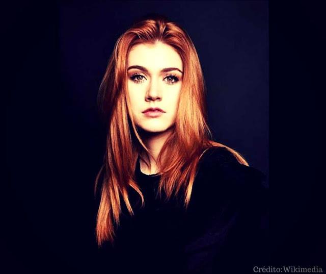 Katherine McNamara e os Cabelos Ruivos de Clary