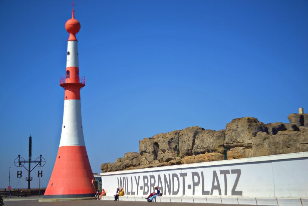 #277 Meyer Görlitz Diaplan f2.8 60mm – Willy-Brandt-Platz in Bremerhaven