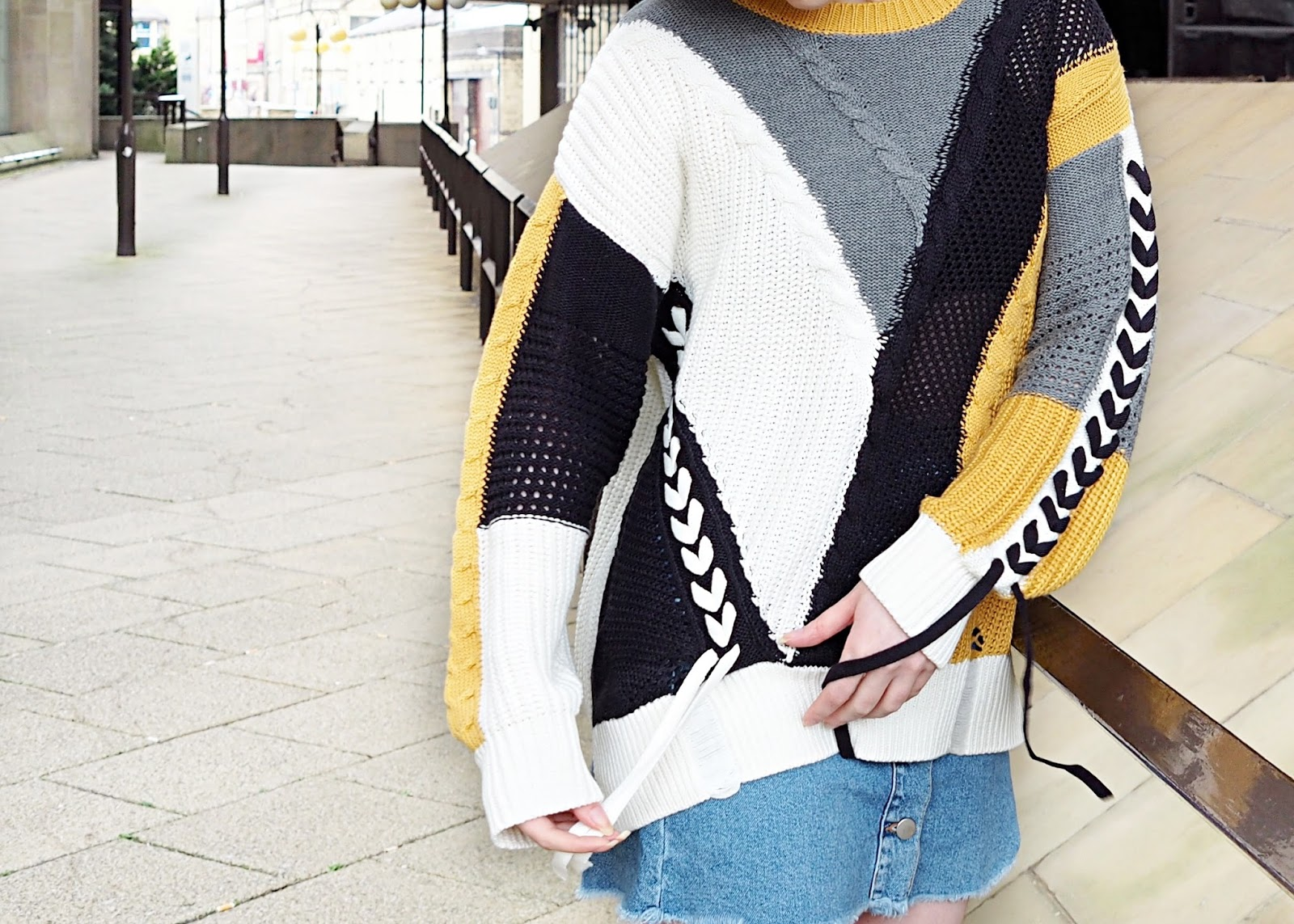 knitted jumper details