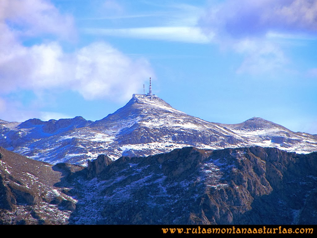 Rutas Montaña Asturias: Vista del pico Gamoniteiru