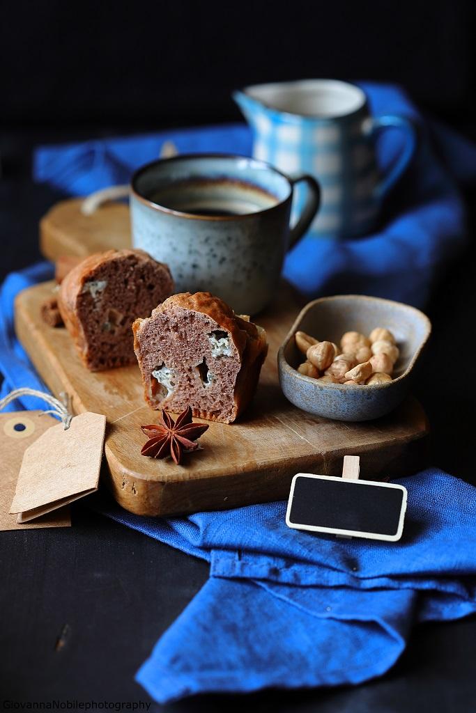 Mini cake con gorgonzola, cacao e nocciole