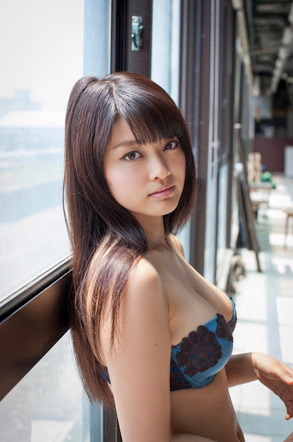 Mari Yamachi 山地まり Sexy Lingerie Images 18