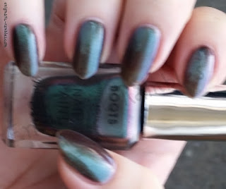 Review-Swatch-Barry-M-Autumn-2017-Limited-Edition-Polishes-Galaxy-Green