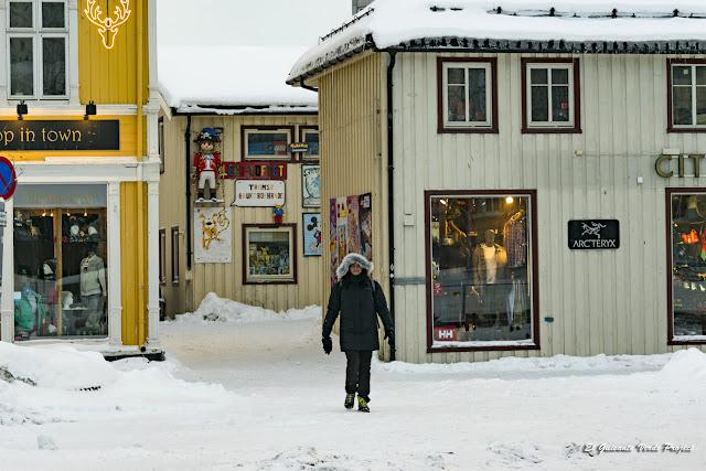 Kikergata, Tromsø - Noruega, por El Guisante Verde Project