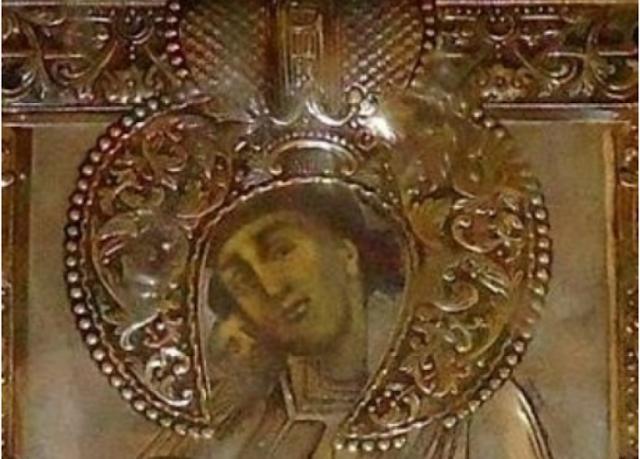 Η θαυματουργή εικόνα της Παναγίας Ροβέλιστας