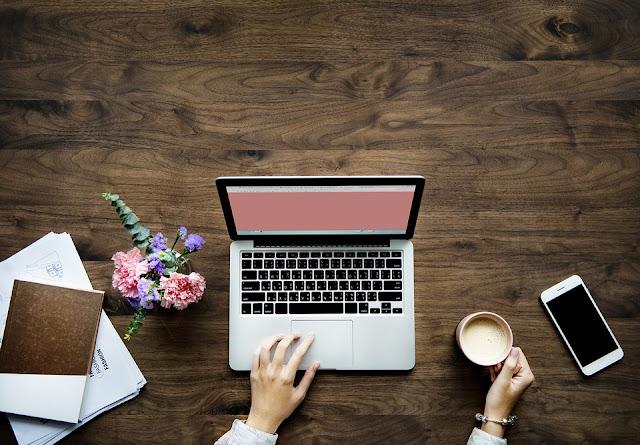 8 Pekerjaan Yang Bisa Dilakukan Dari Rumah