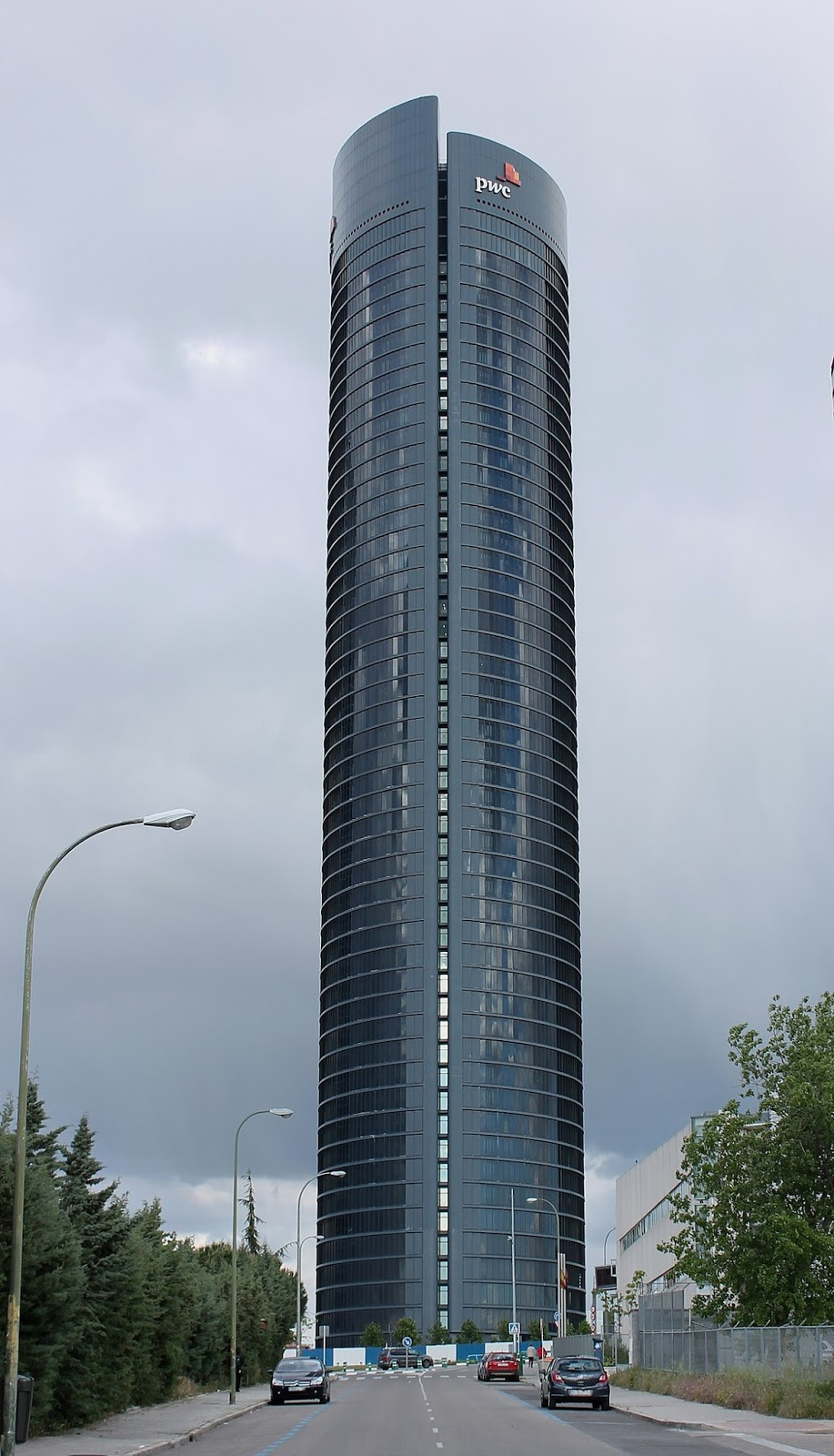 El cole de carmen for Piso 9 torre latino