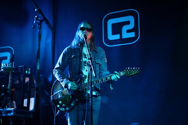 Brian Jonestown Massacre, taken with the Canon EOS R by music photographer Ashley Laurence, originally shot for Brighton Source magazine