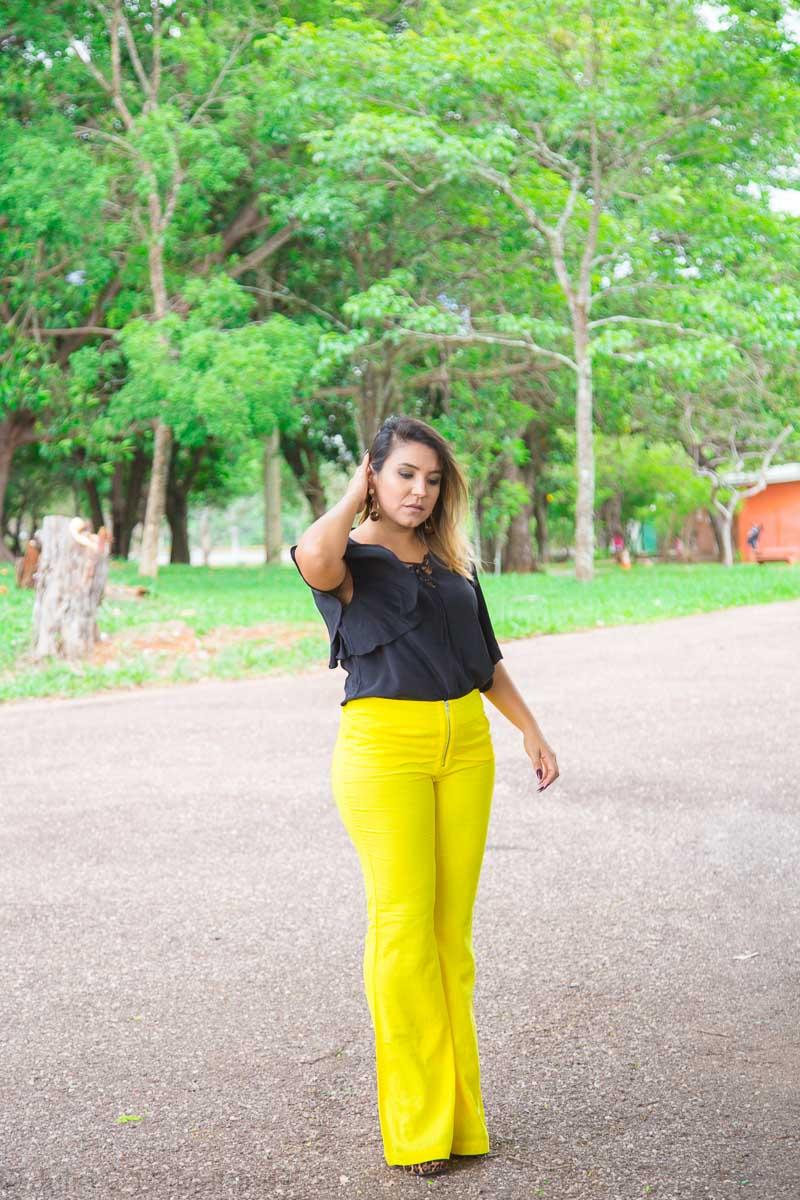 Look do dia: calça flare amarela de linho