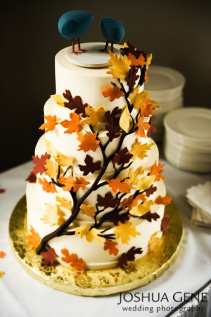 fall leaf wedding cake topper all about wedding cake autumn wedding cakes 14147