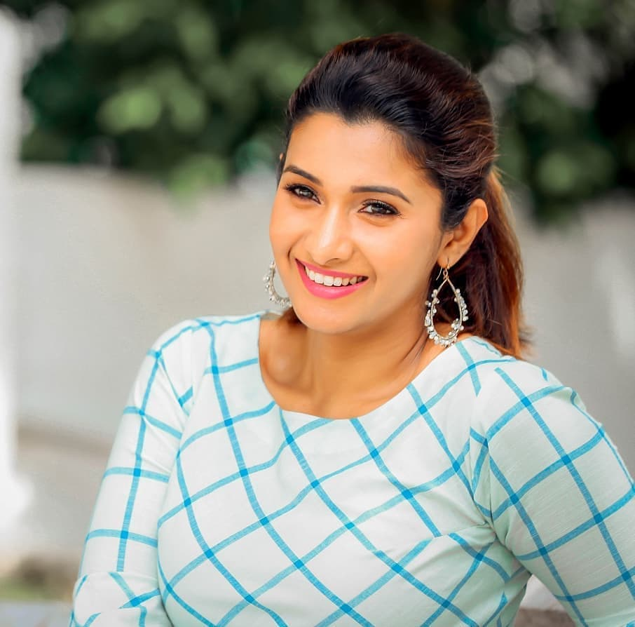 Actress Priya Bhavani Shankar Latest Photo Stills: Actress Priya Bhavani Shankar New Photoshoot HD Stills
