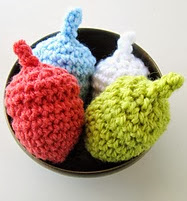 http://www.ravelry.com/patterns/library/perfect-acorns