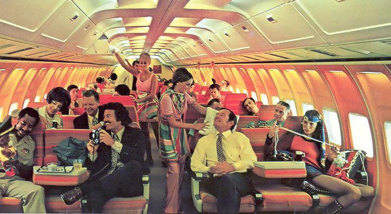 Stewardess Vintage: Braniff International Airways ~ World
