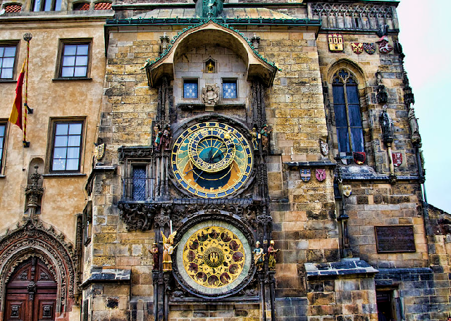 Prédios históricos da Praça da Cidade Velha em Praga