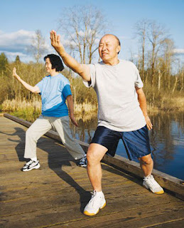 Người bị rối loạn tiền đình nên tập thể dục để nâng cao sức khỏe