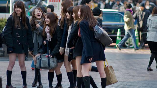 WOW...ini Alasan Kenapa Siswi di Jepang Sekolah Menggunakan Rok Mini Pendek
