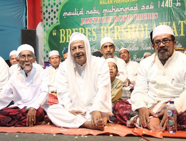 Habib Luthfi: Keberkahan Datang Bila Masyarakat Bershalawat