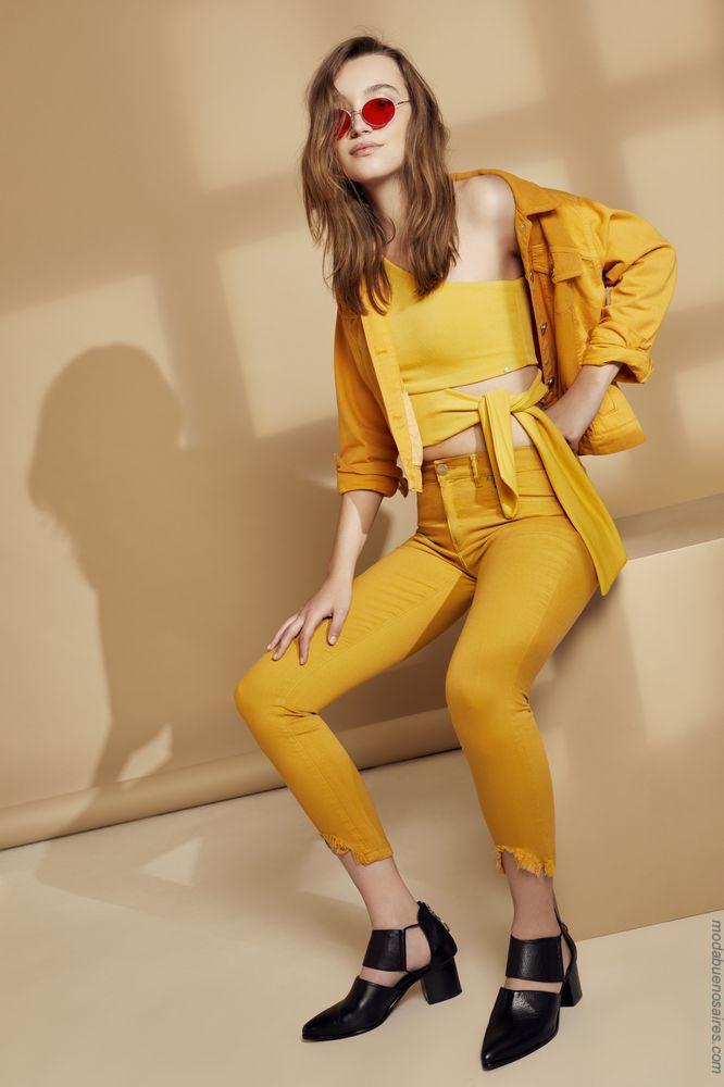 Tendencias de moda primavera verano 2019. Colores de moda 2019.