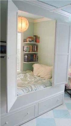 Armario que esconde la cama