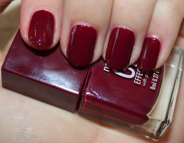 Nails Inc. Gel Effect Polish Kensington High Street Swatch