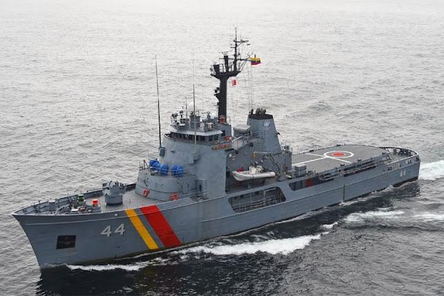 Rescatan a ocho venezolanos a la deriva en aguas del Caribe de Colombia