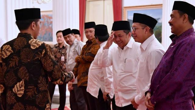 Disinggung Soal Hormat Pada Jokowi Saat Buka Bersama di Istana, Fahri Hamzah: Ah Cuma Bercanda Saja ya Kan?