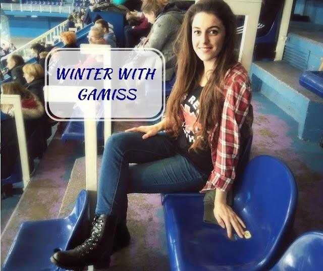 hockey with gamiss, review, recenzija, čizme, boots, winter, zima, onesie, pidžama, suknja, skirt, pleated,