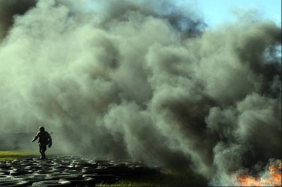 Large explosion in Ukraine, 10,000 evacuated, off road and air