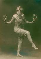 Ruth St-Denis, modern dancing pioneer