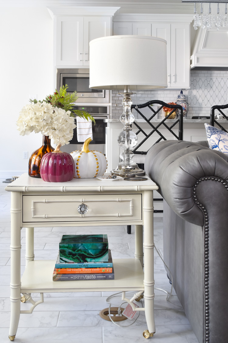 Ideas for fall decor vignettes using pumpkins for end tables and shelves. | #livingroomdecorideas #livingroomideas #falldecorations #livingroominspiration #monicawantsit