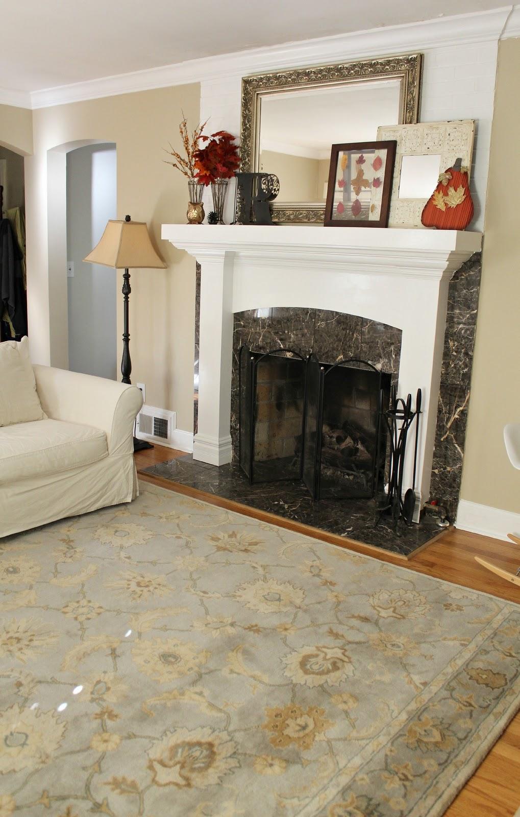 Living Room: Ten June: Living Room Tweak List: A New Rug