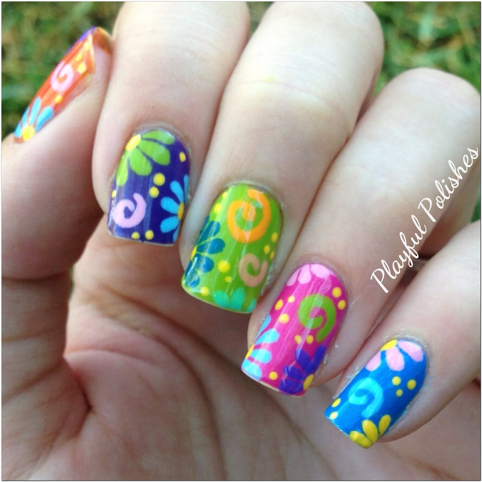 Playful Polishes: JUNE NAIL ART CHALLENGE: FLOWER NAILS