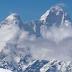 8 fakta tentang puncak cartenz papua, gunung di indonesia yang memiliki salju abadi