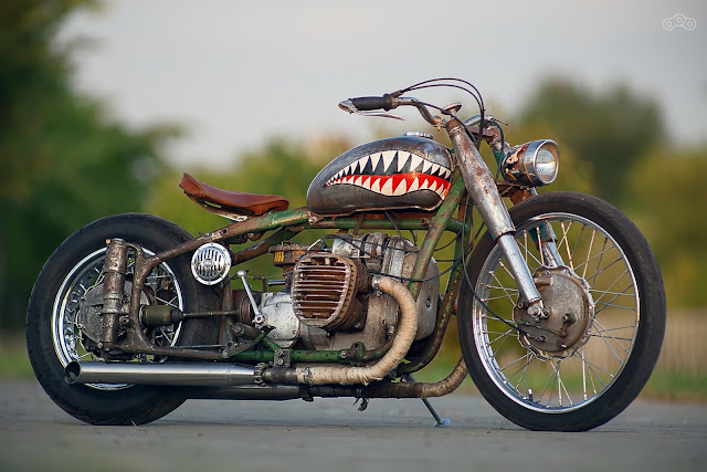 Sharktooth 1953 Ural М72 Bobber