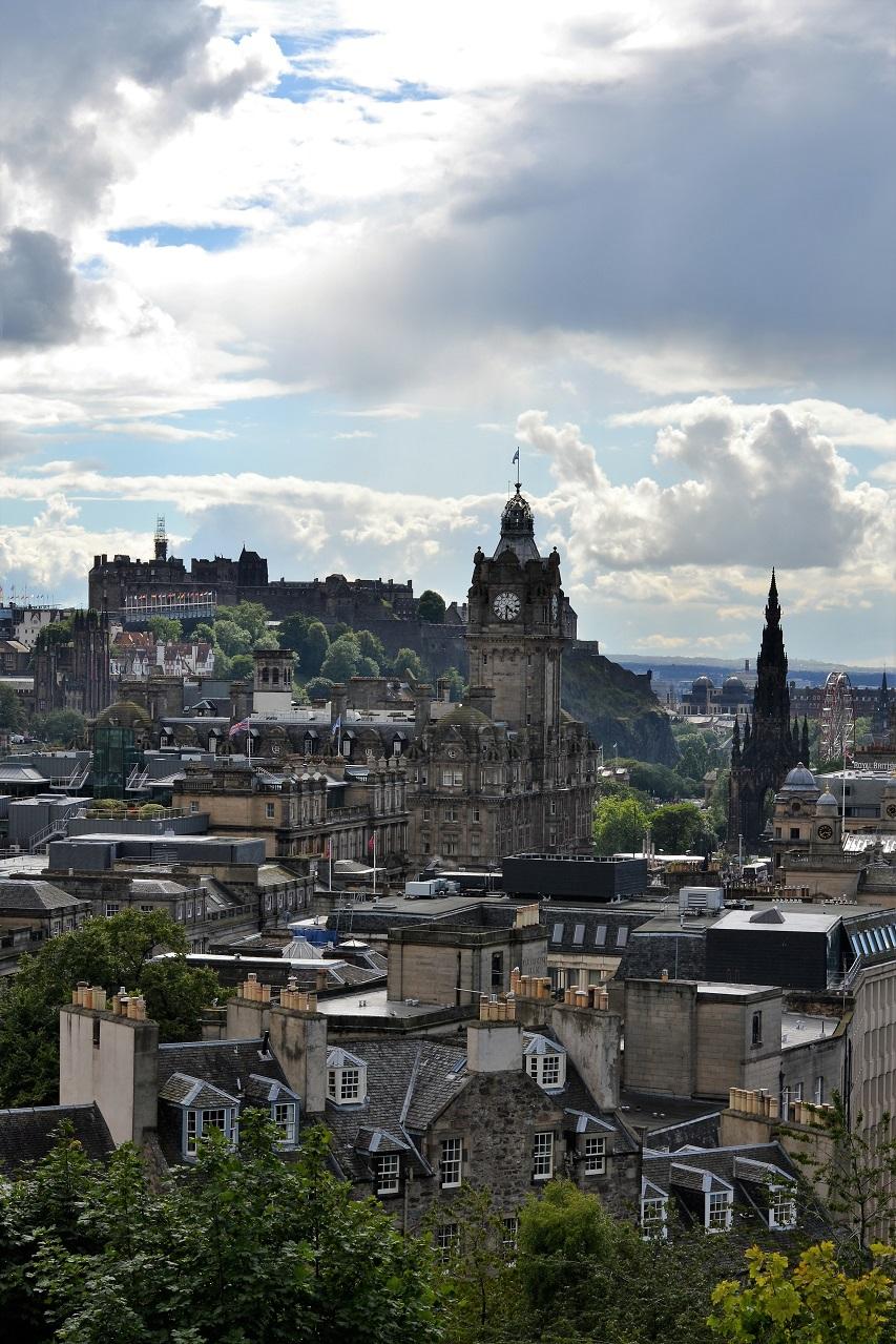 Edinburgh: Calton Hill · Lísa Hjalt