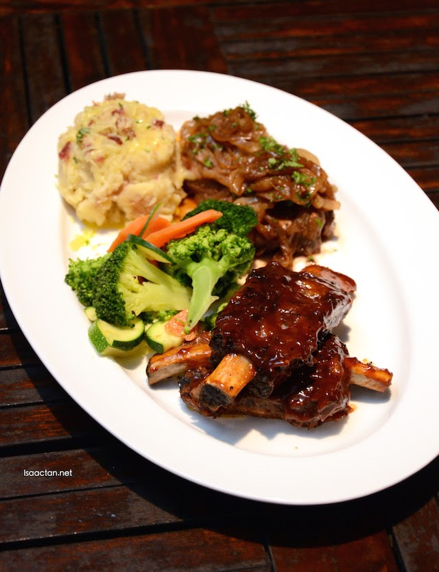 Fillet Medallions and Black Pepper Beef Ribs Combo - RM83.90
