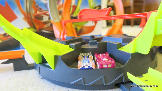 Hot Wheels Roto Revolution Track Set Review