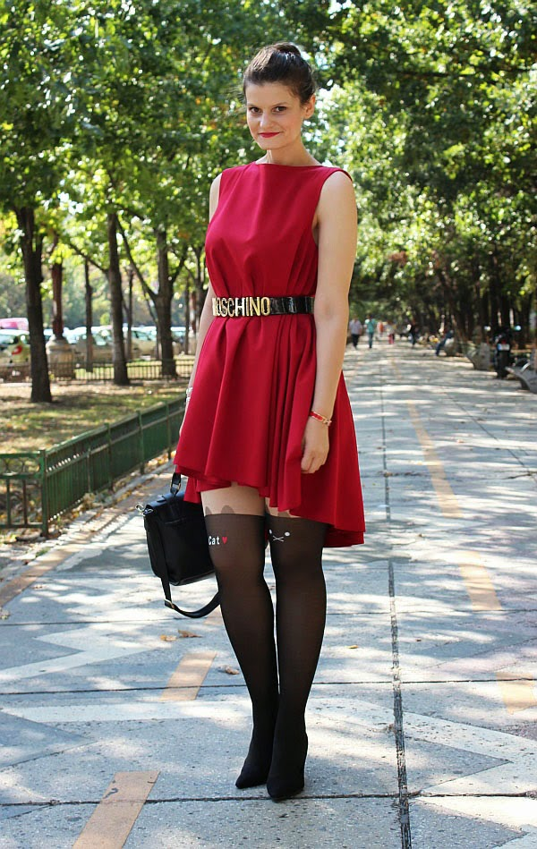 30a317be6b Little Red Riding Hood in the city | Pop Culture And Fashion Magic |  Bloglovin'