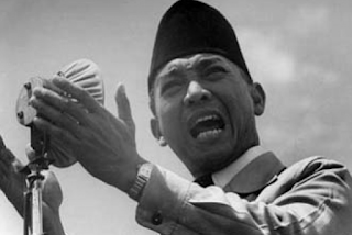 "Presiden pertama negara indonesia ""Presiden Soekarno"""