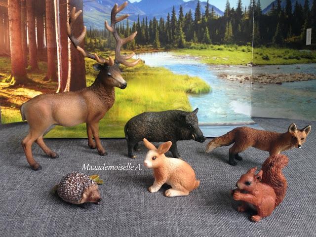|| Table des saisons : L'automne - Figurines Schleich animaux de la forêt