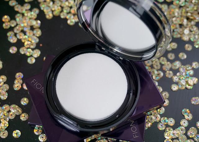 Maybelline Master Fairy Highlight Illuminating Powder | bellanoirbeauty.com