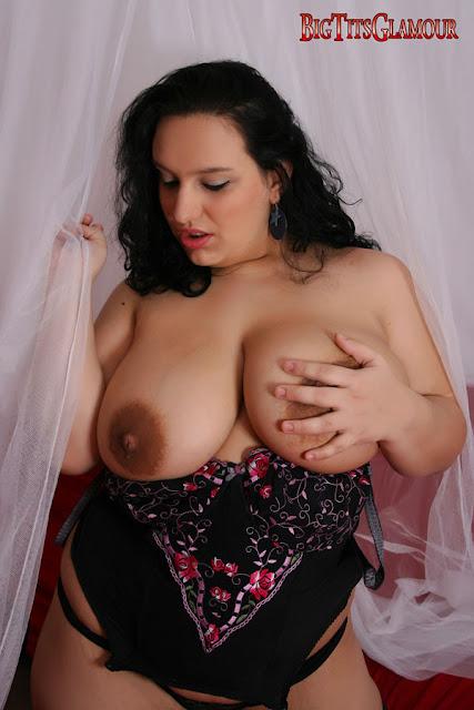 Anna Carlene Big Tits 38