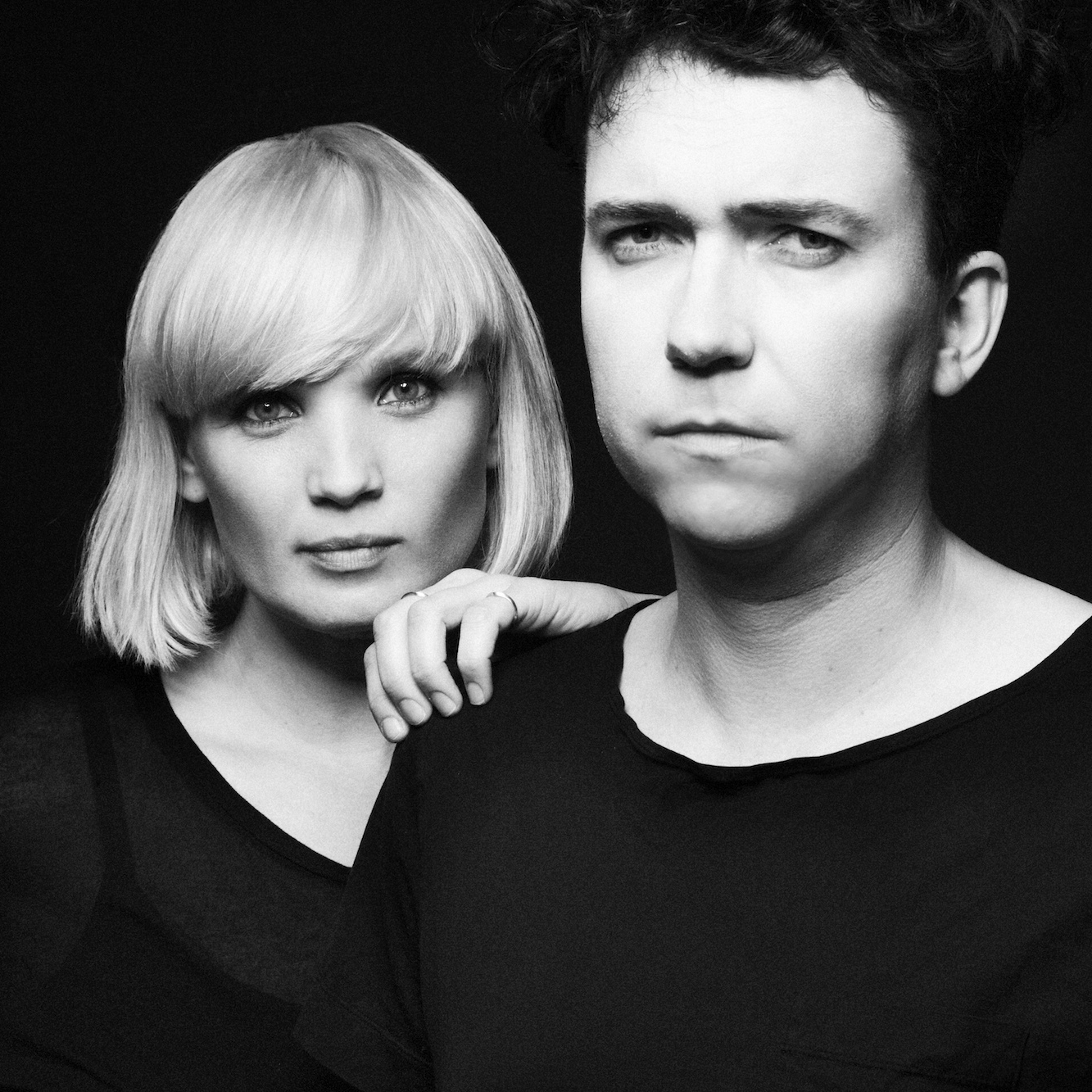 The Raveonettes lança a faixa 'Excuses' do projeto RAVE-SOUND-OF-THE-MONTH